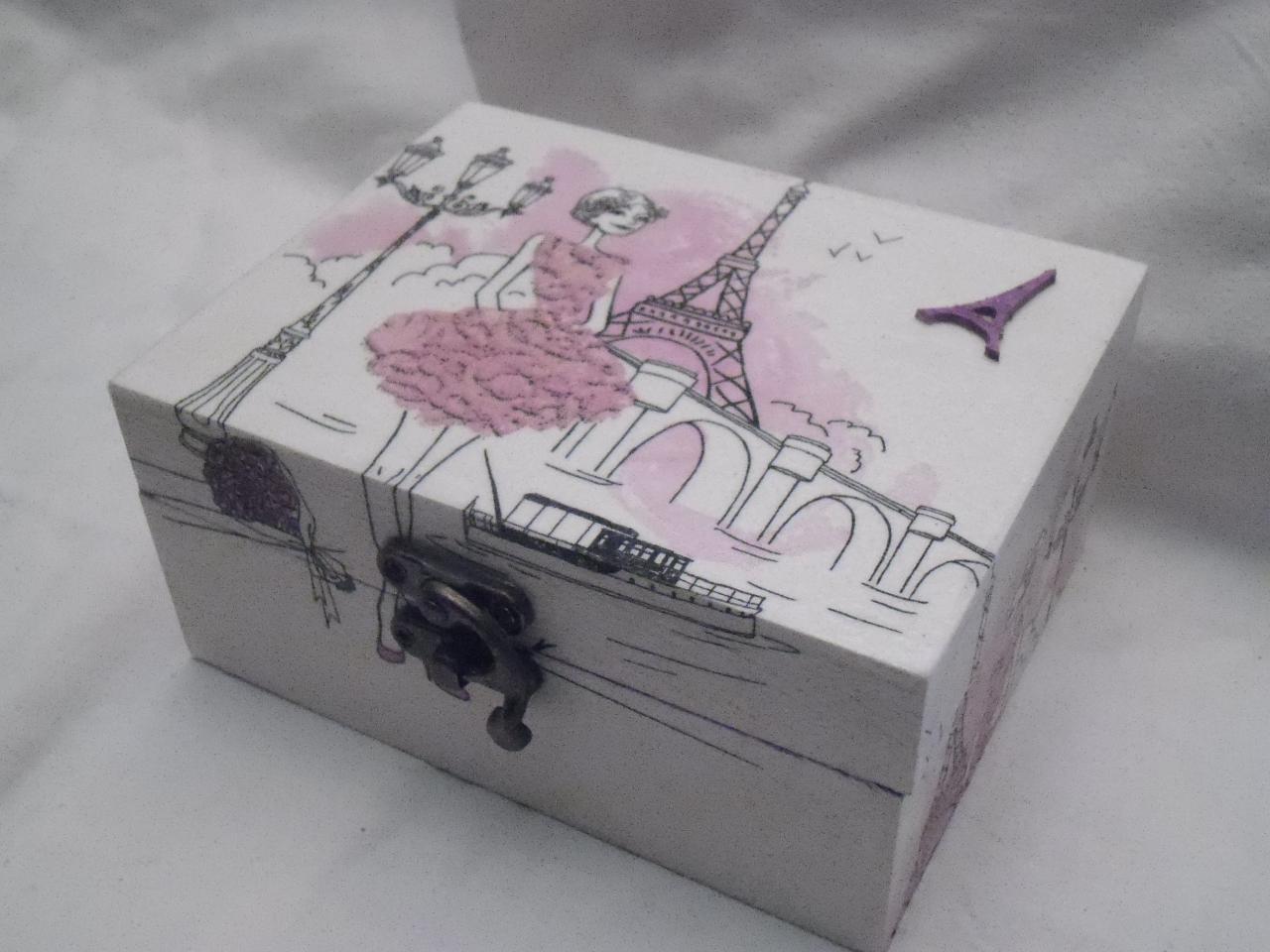 adorable petite boite